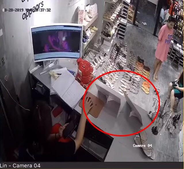 Chủ shop giày ở Sài Gòn tố 4 nhân viên cấu kết, giở hàng loạt thủ đoạn gian xảo chiếm đoạt hơn 400 triệu của cửa hàng - Ảnh 2.