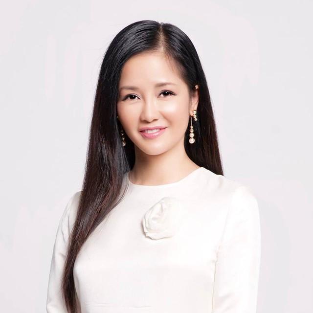 Hậu ly hôn, diva Hồng Nhung chứng tỏ cuộc sống mẹ đơn thân tuyệt vời không cần đến đàn ông - Ảnh 13.