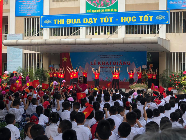 Những màn biểu diễn đặc sắc của các em học sinh Thủ đô trong ngày khai giảng năm học 2019 - Ảnh 4.