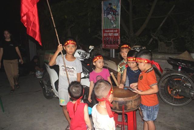 Người dân quê tiếc nuối khi tuyển Việt Nam hòa Thái Lan - Ảnh 6.