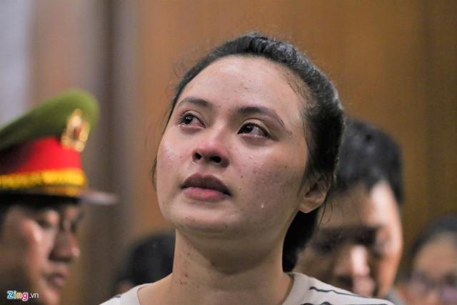 Người đẹp Ngọc Miu tiếp tục bị đề nghị truy tố tội tàng trữ ma túy - Ảnh 1.