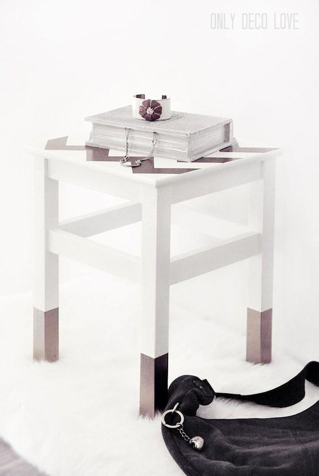 Những cách dùng ghế thông minh, không chỉ dùng để ngồi mà còn trang trí nhà cực lạ mắt - Ảnh 2.