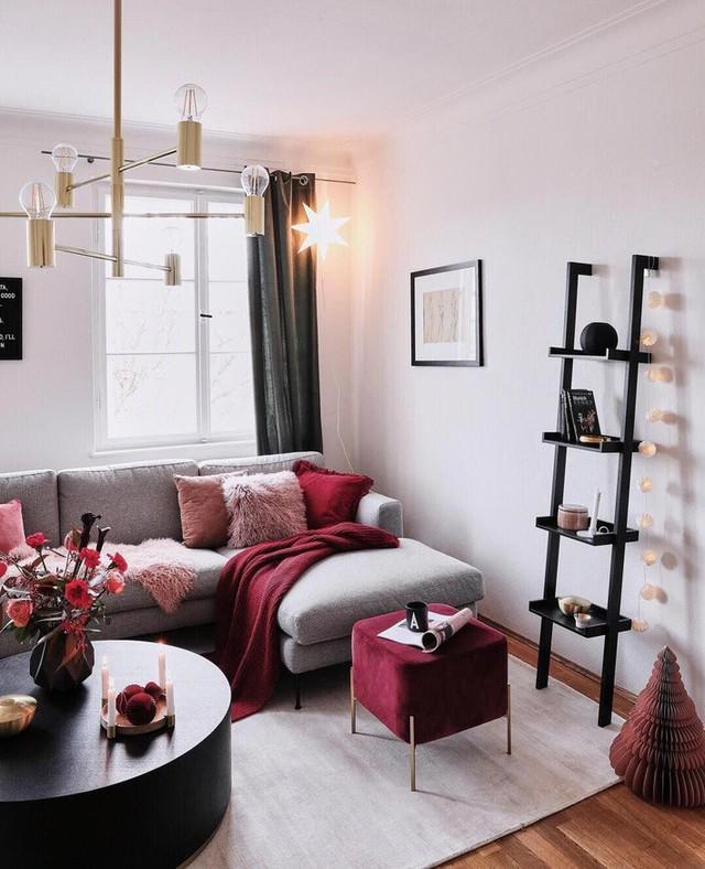 Những ý tưởng treo đèn phòng khách đẹp lại vô cùng thực tế ai cũng nên thử một lần - Ảnh 4.