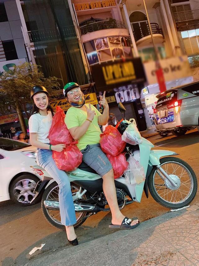 Sau thời gian ở ẩn, tích cực tham gia nhiều khóa tu và dự án từ thiện, Angela Phương Trinh bất ngờ trở lại khoe thân hình nóng bỏng  - Ảnh 4.