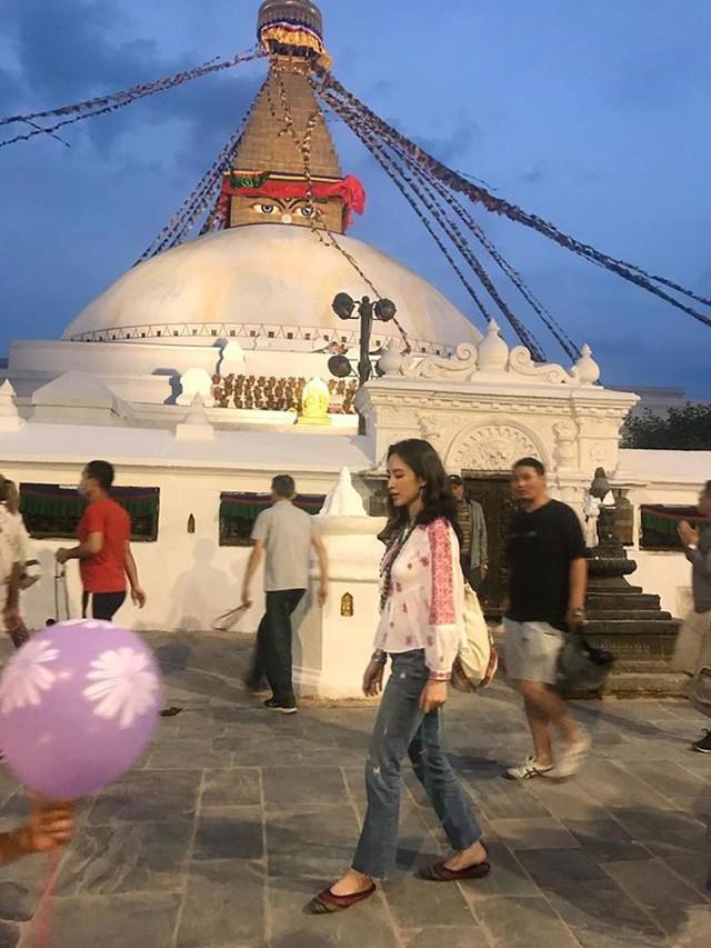 Sau thời gian ở ẩn, tích cực tham gia nhiều khóa tu và dự án từ thiện, Angela Phương Trinh bất ngờ trở lại khoe thân hình nóng bỏng  - Ảnh 7.