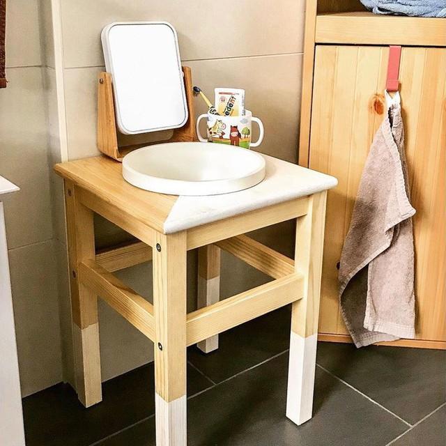 Những cách dùng ghế thông minh, không chỉ dùng để ngồi mà còn trang trí nhà cực lạ mắt - Ảnh 10.