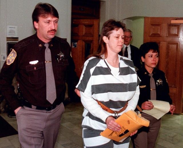 Tội ác không thể dung thứ của bà mẹ lần lượt giết 2 con gái mới sinh - Ảnh 1.