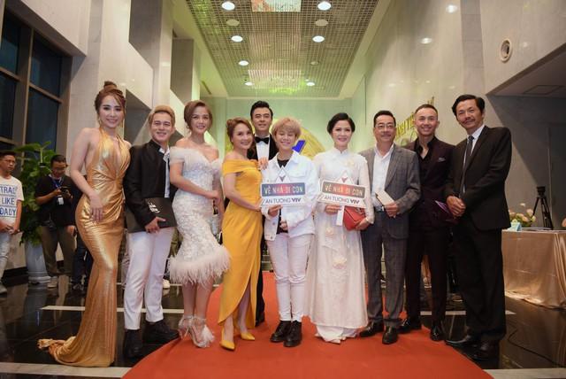 """VTV Awards 2019: Giành giải """"Diễn viên nam ấn tượng"""", NSND Trung Anh cảm thấy tiếc cho Hồng Đăng  - Ảnh 3."""