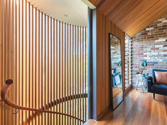 Ngôi nhà phố được thiết kế để giảm thiểu chi phí sinh hoạt, còn trồng rau nuôi gà ngay trong nhà nhưng vẫn sạch sẽ - Ảnh 21.