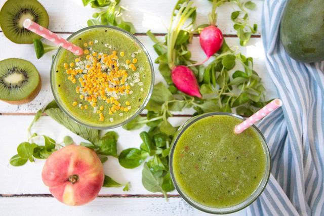 Suy dinh dưỡng vì tẩm bổ cho trẻ nhiều chất xơ chống táo bón - Ảnh 2.
