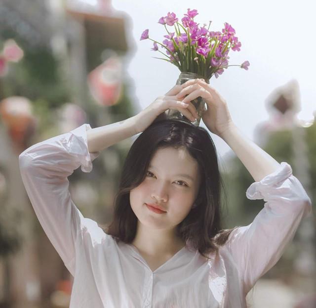 Những cô gái xinh đẹp, học giỏi của ĐH Bách khoa Hà Nội - Ảnh 3.