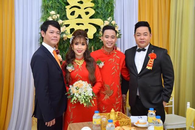 Ca sĩ Quang Lê làm bố chồng ở tuổi 39, đích thân đưa con trai xuống miền Tây rước dâu - Ảnh 3.