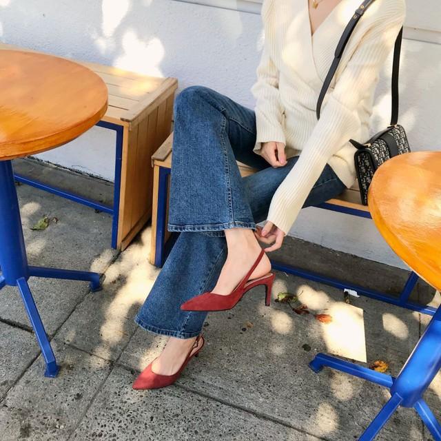 Tủ đồ của chị em mà thiếu đi mẫu giày này thì đã bớt vài phần thú vị, mix đồ cũng khó sang chảnh - Ảnh 4.