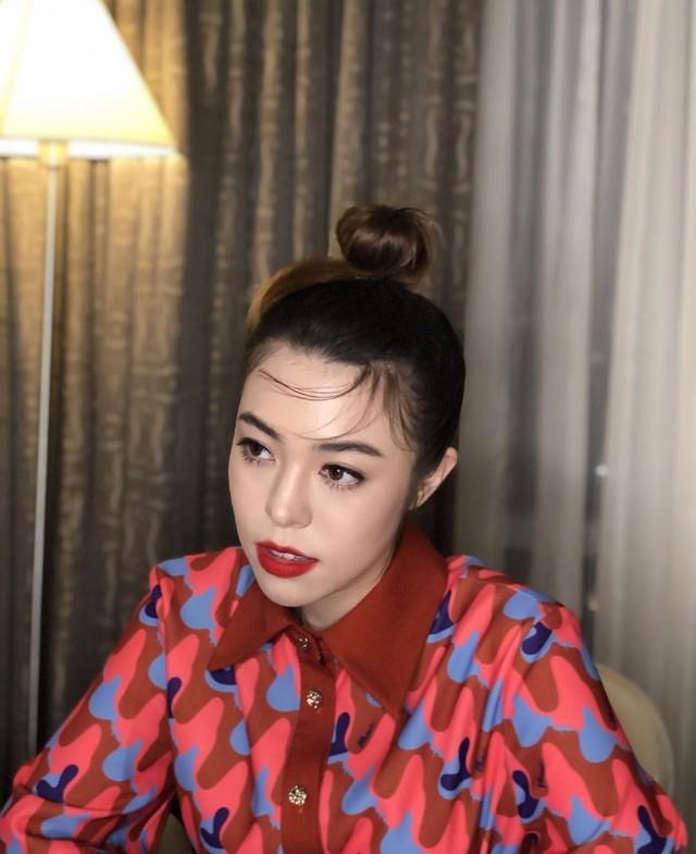 """Vừa tròn 40, nhưng Ngô Thanh Vân """"dám"""" để kiểu tóc mà những nàng đôi mươi cũng phải e dè - Ảnh 9."""