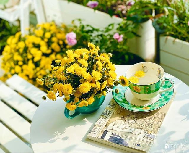 Ngày đầu năm ghé thăm những góc nhỏ dịu dàng sắc hoa trong căn nhà ấm cúng của bà mẹ trẻ Hà Nội - Ảnh 3.