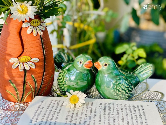 Ngày đầu năm ghé thăm những góc nhỏ dịu dàng sắc hoa trong căn nhà ấm cúng của bà mẹ trẻ Hà Nội - Ảnh 37.