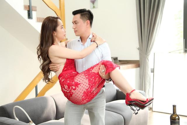 Việt Anh: 'Tôi chưa bao giờ hôn ai khó như Quỳnh Nga' - Ảnh 2.