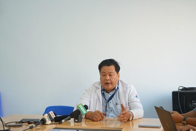 Thông tin chính thức vụ gần 100 trẻ ngộ độc xôi gà ở Đầm Sen - Ảnh 1.