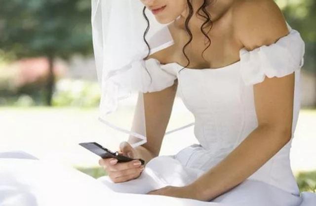 Người yêu cũ đi lấy chồng nhưng vẫn nói yêu tôi - Ảnh 1.