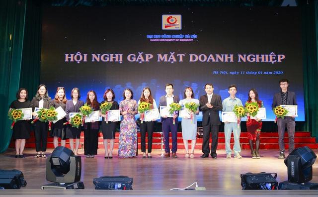 Đại học Công nghiệp Hà Nội tổ chức Hội nghị tổng kết và gặp mặt hơn 100 doanh nghiệp - Ảnh 12.