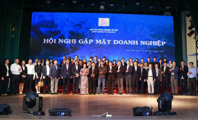 Đại học Công nghiệp Hà Nội tổ chức Hội nghị tổng kết và gặp mặt hơn 100 doanh nghiệp - Ảnh 13.