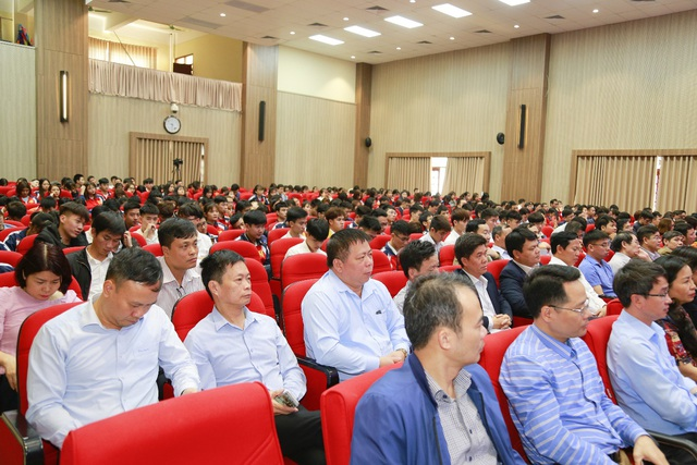 Đại học Công nghiệp Hà Nội tổ chức Hội nghị tổng kết và gặp mặt hơn 100 doanh nghiệp - Ảnh 4.