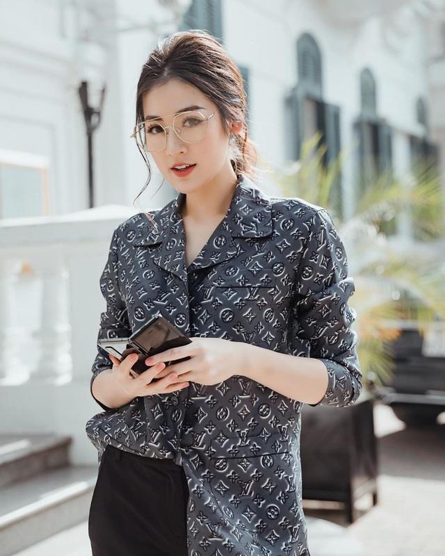 Style của Á hậu Tú Anh thời gian qua chính là kim chỉ nam giúp chị em mặc đẹp và sang xịn - Ảnh 6.