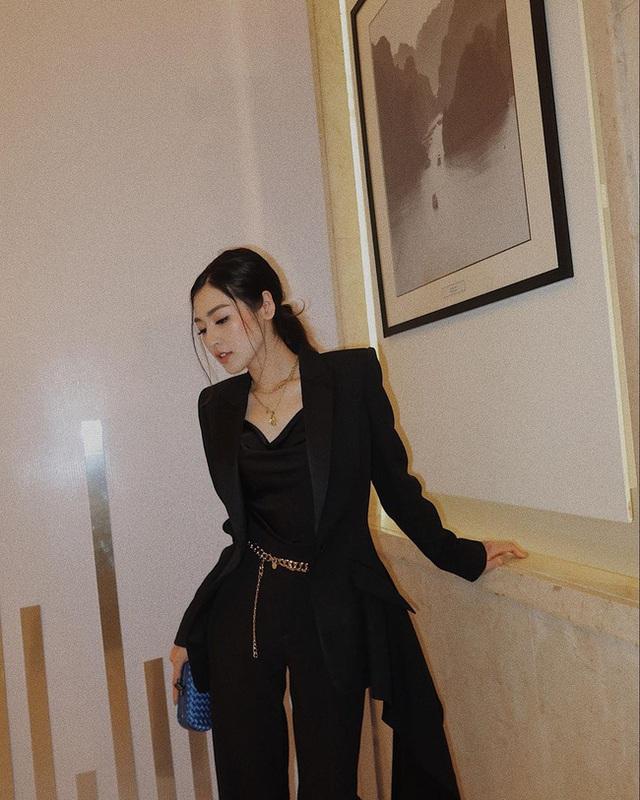 Style của Á hậu Tú Anh thời gian qua chính là kim chỉ nam giúp chị em mặc đẹp và sang xịn - Ảnh 9.