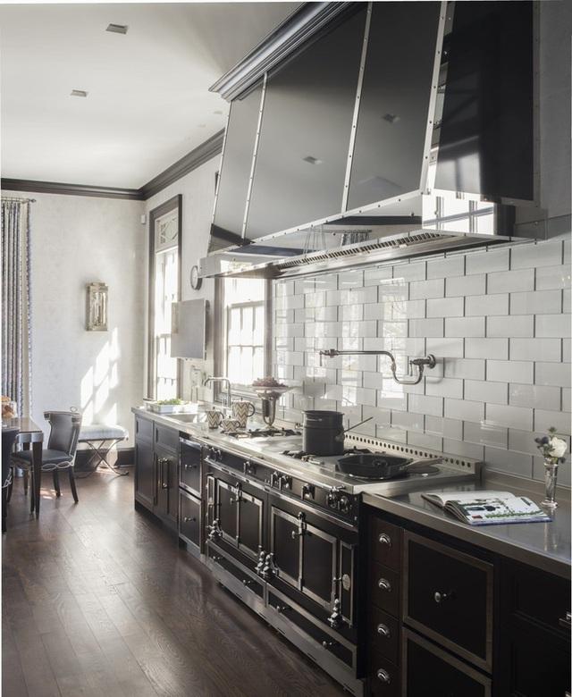 Căn bếp đen - trắng vừa đẹp vừa sang lại luôn gọn gàng ngăn nắp - Ảnh 16.