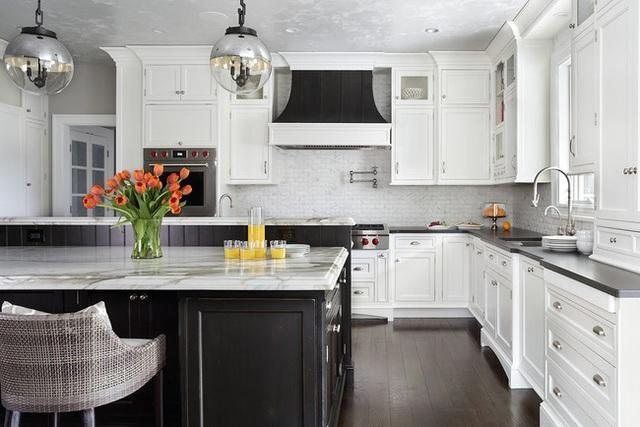 Căn bếp đen - trắng vừa đẹp vừa sang lại luôn gọn gàng ngăn nắp - Ảnh 8.