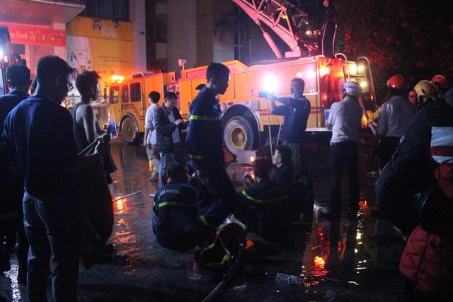 Hiện trường vụ cháy kinh hoàng tại tòa nhà Dầu khí khiến 9 người thương vong - Ảnh 5.