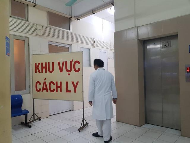 Đã có kết quả xét nghiệm coronavirus của du khách Trung Quốc bị sốt khi nhập cảnh Đà Nẵng - Ảnh 1.