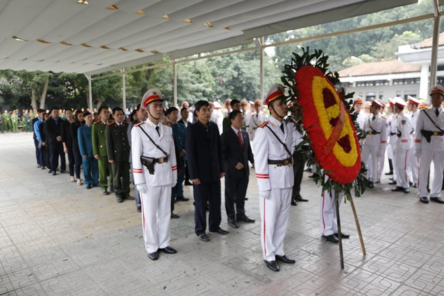 Chuẩn bị di quan 3 thi hài chiến sĩ hy sinh ở Đồng Tâm về nơi an nghỉ cuối cùng - Ảnh 4.