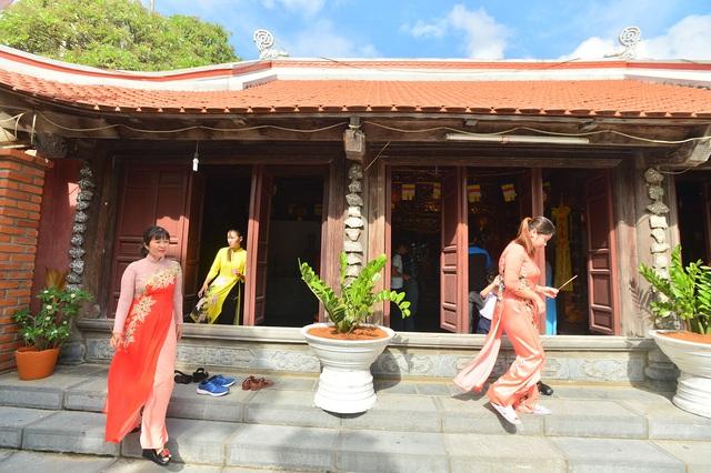 Hào sảng chuông chùa giữa Trường Sa - Ảnh 3.