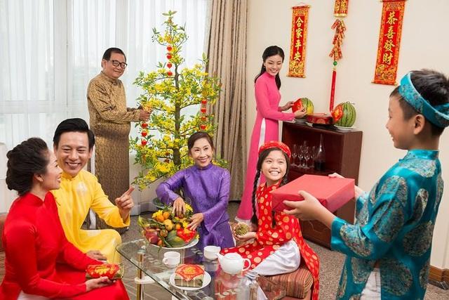 Lời chúc hay nhất cho người thân gia đình dịp Tết Canh Tý - Ảnh 1.