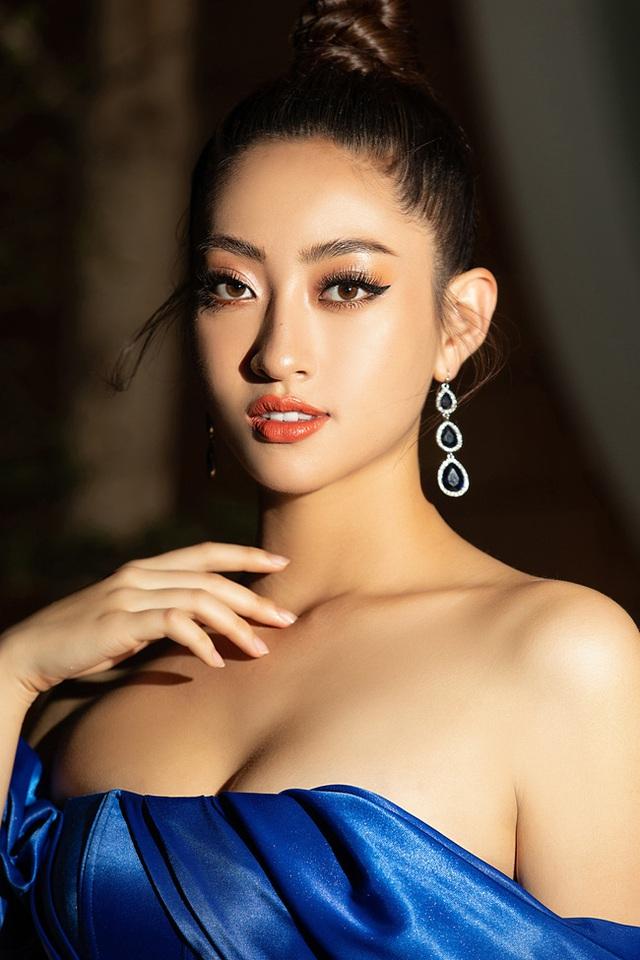 3 nàng Hậu Mỹ Linh - Tiểu Vy - Thùy Linh diện váy xẻ thót tim, khoe nhan sắc đỉnh cao trong một khuôn hình - Ảnh 6.