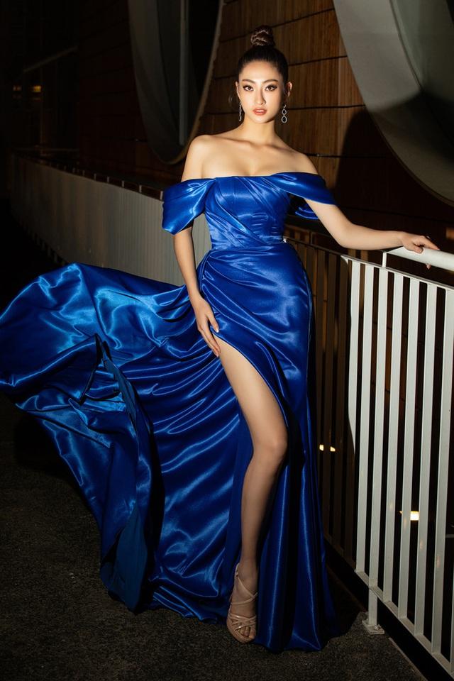 3 nàng Hậu Mỹ Linh - Tiểu Vy - Thùy Linh diện váy xẻ thót tim, khoe nhan sắc đỉnh cao trong một khuôn hình - Ảnh 7.