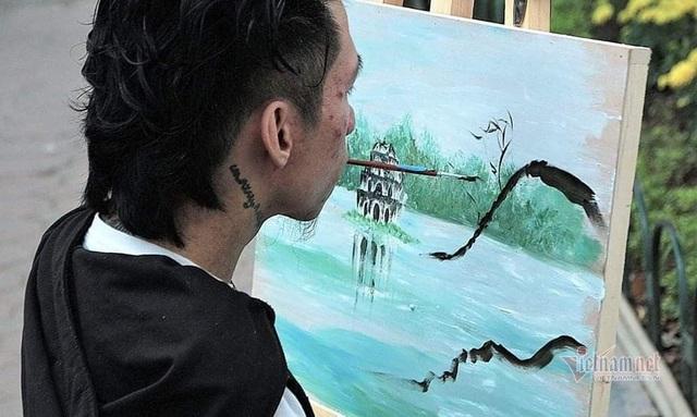 Đứa trẻ bị bỏ rơi năm xưa trở thành họa sĩ nổi tiếng - Ảnh 4.