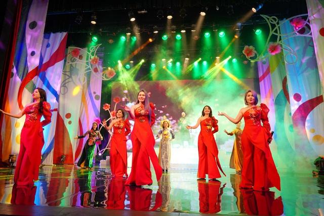 Nghệ sĩ Chí Trung: Thưởng Tết của Nhà hát có người chỉ được 1 triệu đồng - Ảnh 4.