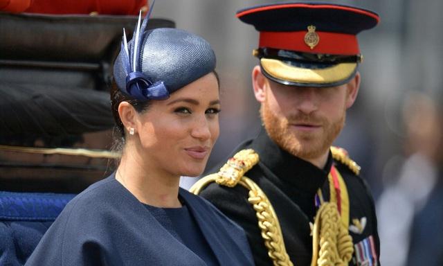 Harry - Meghan mất danh hiệu hoàng gia  - Ảnh 1.