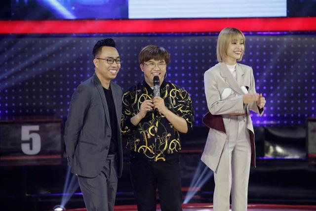 MC Đại Nghĩa tiết lộ người yêu Lê Lộc là nhạc sĩ Nguyễn Hồng Thuận - Ảnh 1.