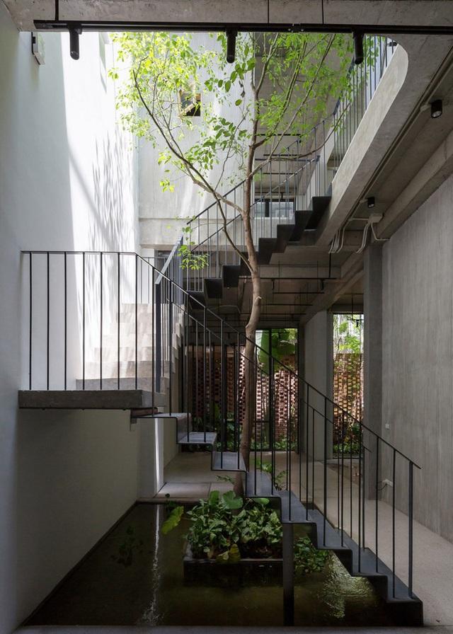 Ngôi nhà với thiết kế 2 lớp mặt tiền chống khói bụi ở Hà Nội - Ảnh 9.