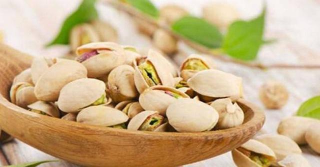 Một số loại thực phẩm được tiêu thụ nhiều trong dịp Tết lại chính là thủ phạm gây hại rất lớn cho sức khỏe - Ảnh 1.