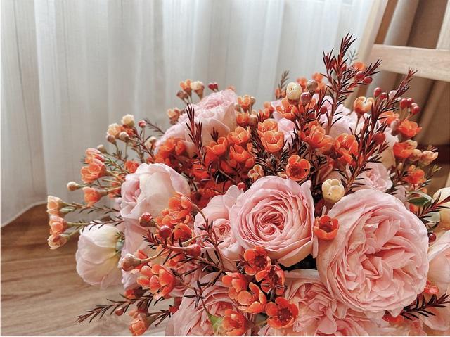 Bí quyết lựa chọn 4 loại hoa ngoại được chị em ưu chuộng nhất dịp Tết: Tuyết mai, Thanh liễu, Hồng gai và Đào đông - Ảnh 3.