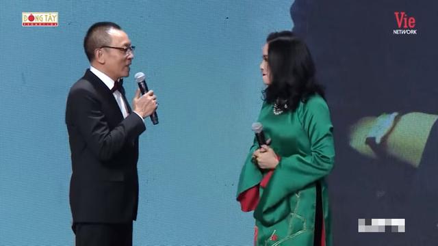 NSND Tự Long: Chị Thanh Lam nổi tiếng hát nhắm mắt! - Ảnh 2.
