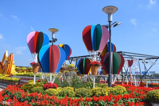 Ngắm đường hoa hơn 6 tỷ ở Đà Nẵng - Ảnh 5.