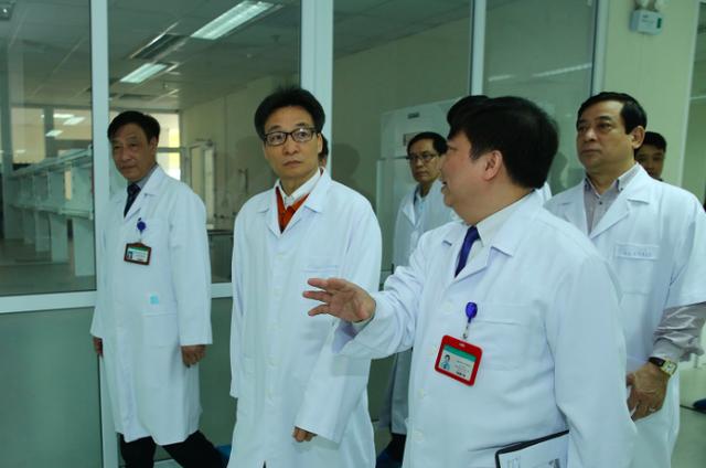 Bộ Y tế thông tin kết quả xét nghiệm ban đầu các trường hợp sốt, nghi nhiễm virus corona - Ảnh 4.