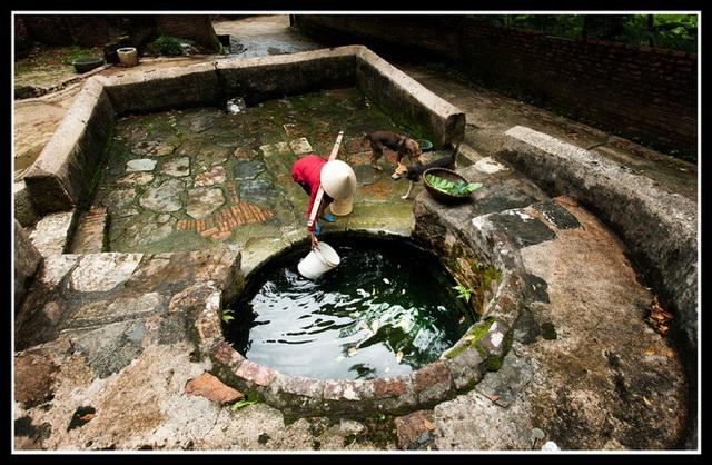 Tại sao nhiều nhà trữ đầy nước trước giao thừa? - Ảnh 1.