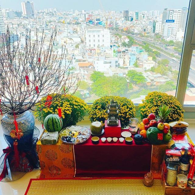 Nhà được trang hoàng ngập sắc hoa của Hoa hậu Khánh Vân - Ảnh 1.