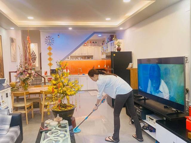 Nhà được trang hoàng ngập sắc hoa của Hoa hậu Khánh Vân - Ảnh 7.